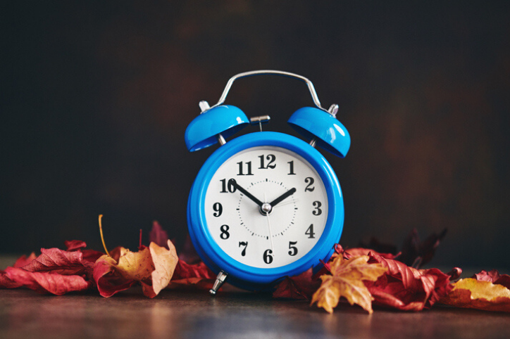 How to Survive Daylight Saving Time With Kids