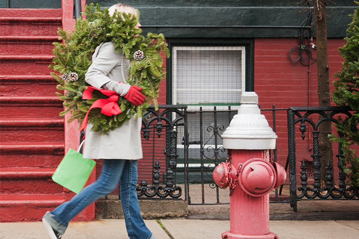 18 Things All Moms Do Once They Realize the Holidays Are Coming