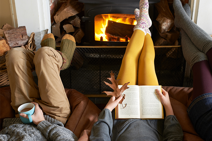 The Best Books to Pick Up This Holiday Season (For Tweens, Teens & Yourself)
