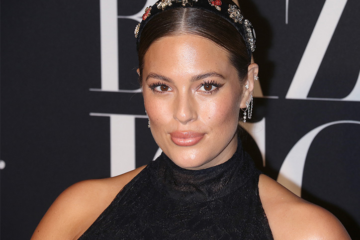 Pregnant Ashley Graham's Latest TikTok Is The Body-Positive Message We Need