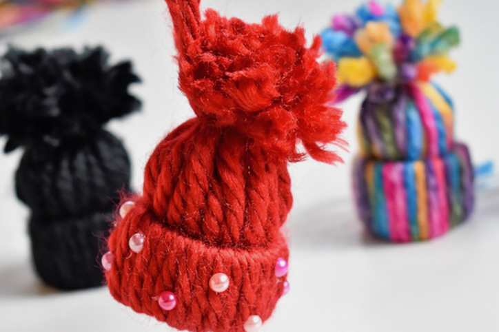 The Cutest DIY Beanie Ornament To Adorn Your Tree