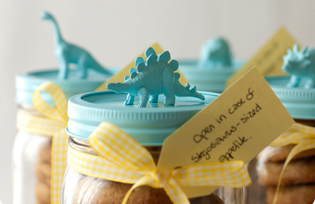 Gift Idea: Dino Lid Jars