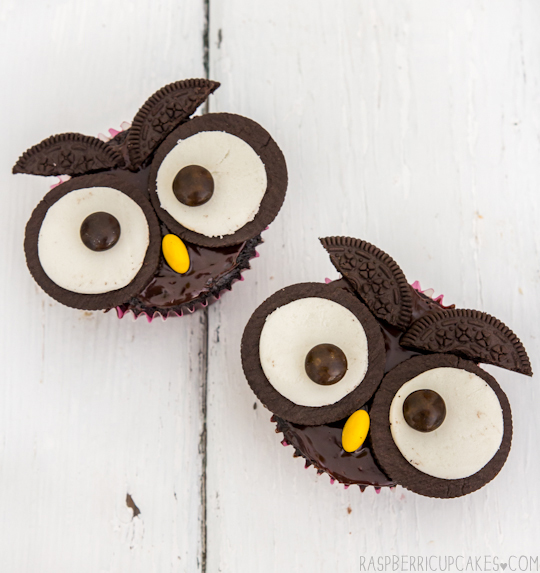 Use the Magic of Oreos to Create Owl Cupcakes