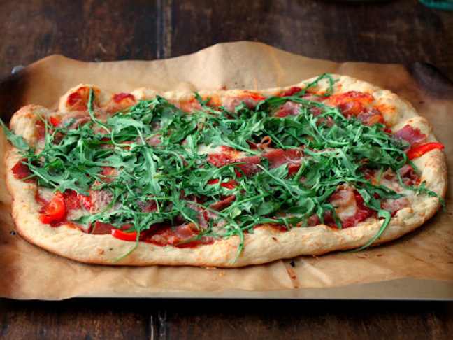 Grilled Pizza with Mozzarella, Salame, and Arugula