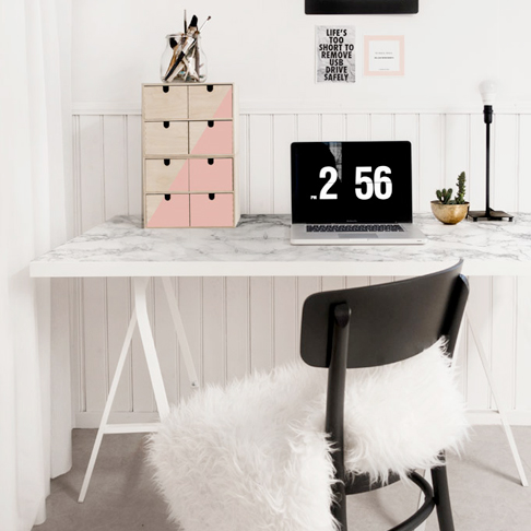 Faux Marble Desk Upgrade from Ikea Sweden
