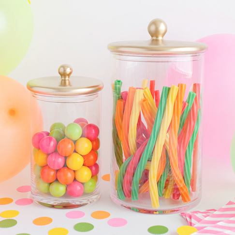 Simple and Modern Upgraded Small Storage Jars from Tell Love and Party