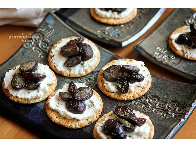 Roasted Grape and Wine Goat Cheese Crackers