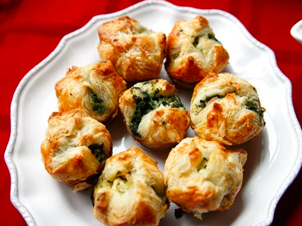 Make-Ahead Spinach and Cheese Puffs