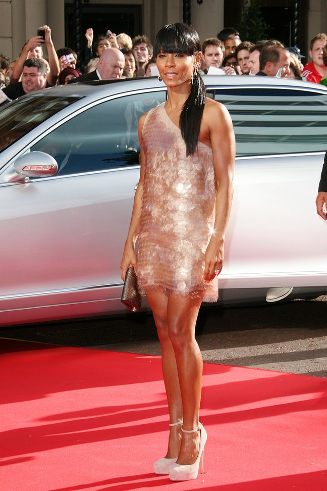 Jada Pinkett Smith, cream designer dress, high heels, ponytail, straight hair
