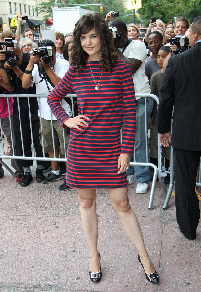Katie Holmes, red and blue striped long sleeve dress, black heels, silver necklace
