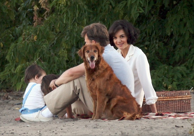 Katie Holmes, white blouse, wig, dog, beach