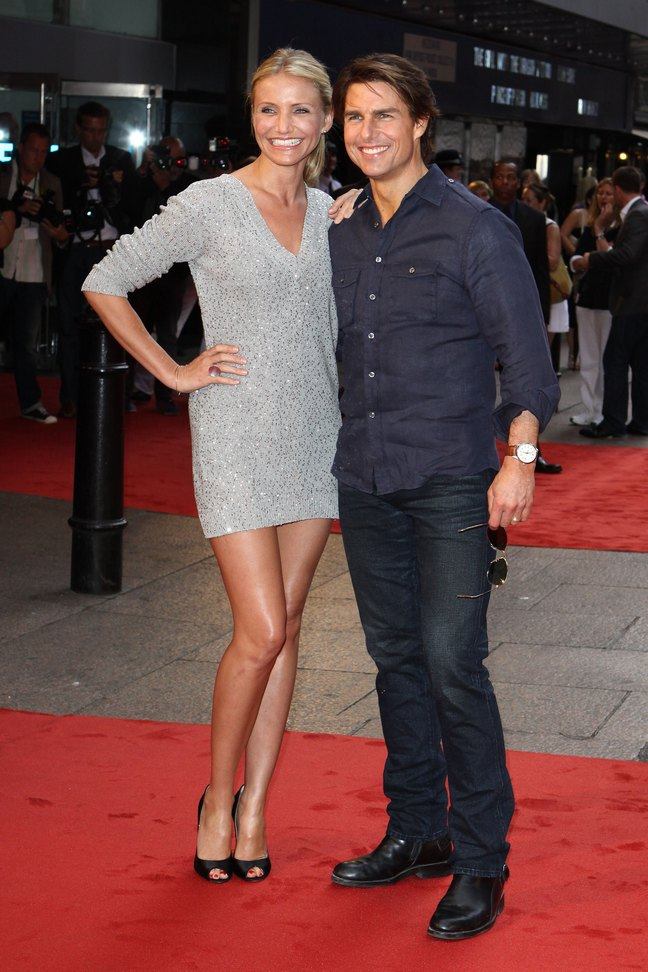 Cameron Diaz, silver mini dress, black peep toe heels, tom cruise, jeans, denim shirt, sunglasses