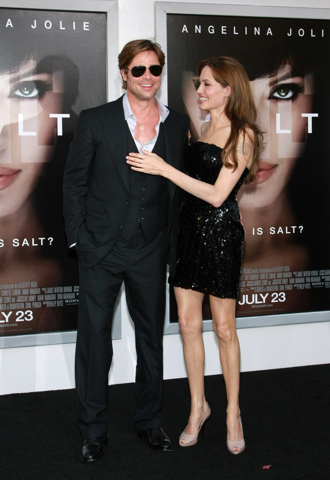 Angelina Jolie, black mini dress sequined, black peep toe shoes, emerald earrings, Brad Pitt