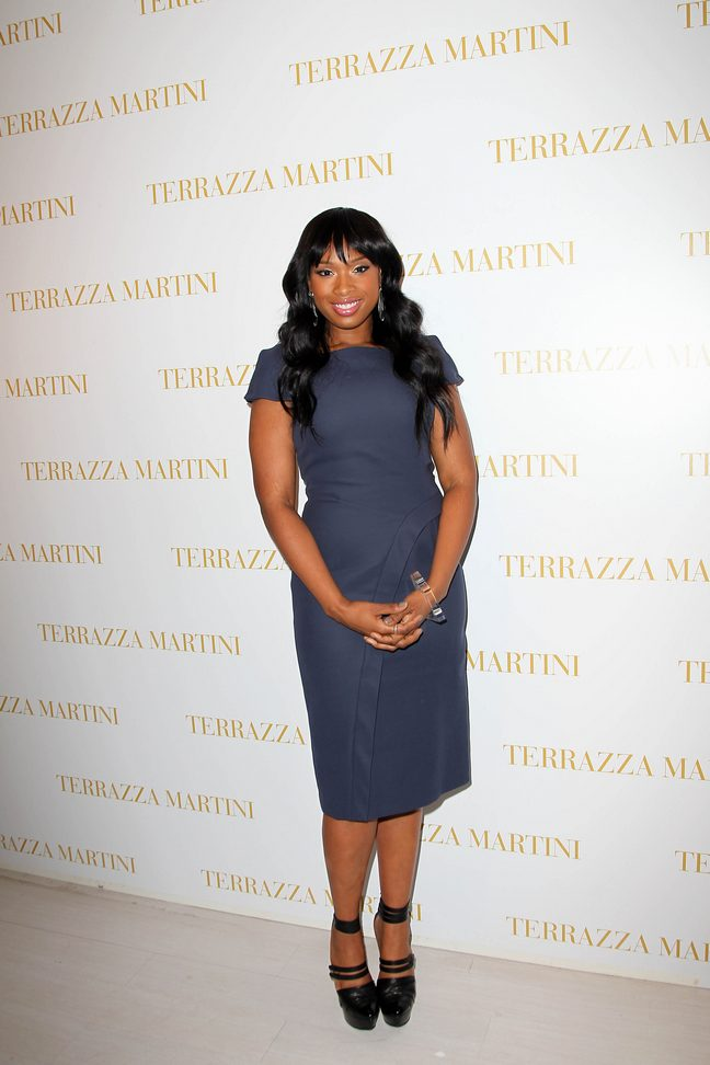 Jennifer Hudson, blue dress, black heels