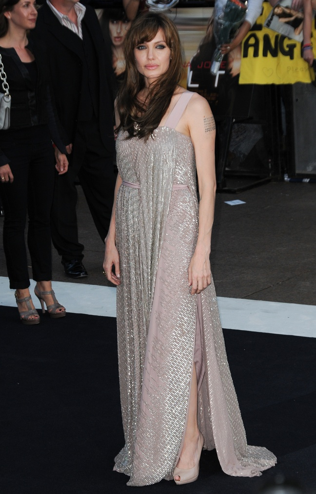 Angelina Jolie, gray silver floor-length dress with pink accents, beige gray peep toe heels
