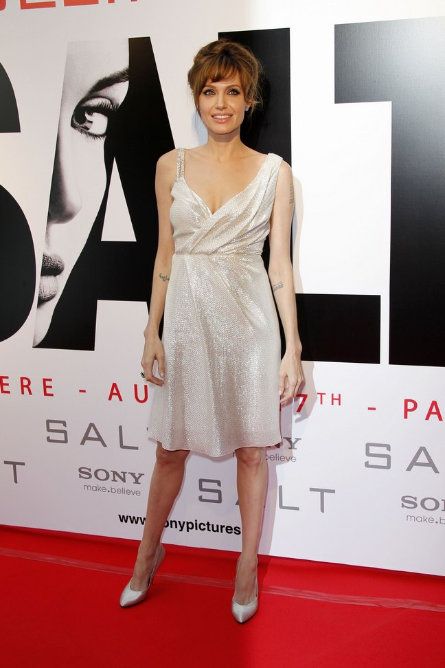 Angelina Jolie, ivory silk lame asymmetrical Pamella Roland, Ferregamo pointed pumps