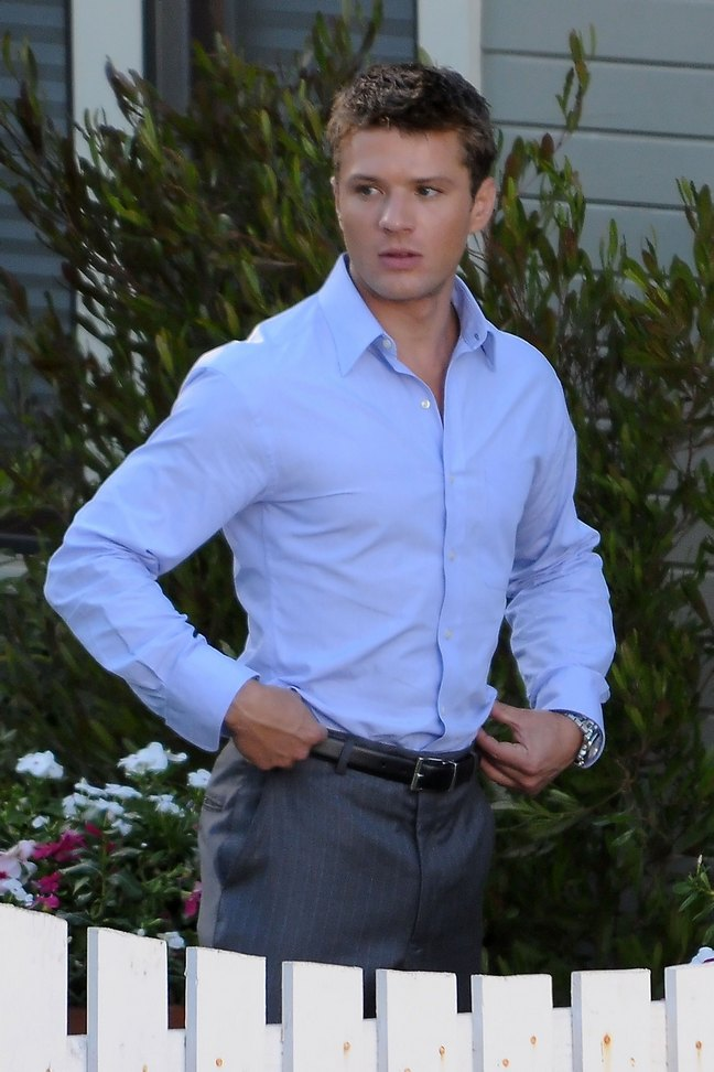 Ryan Phillippe, gray dress pants, light blue dress shirt, black belt, watch