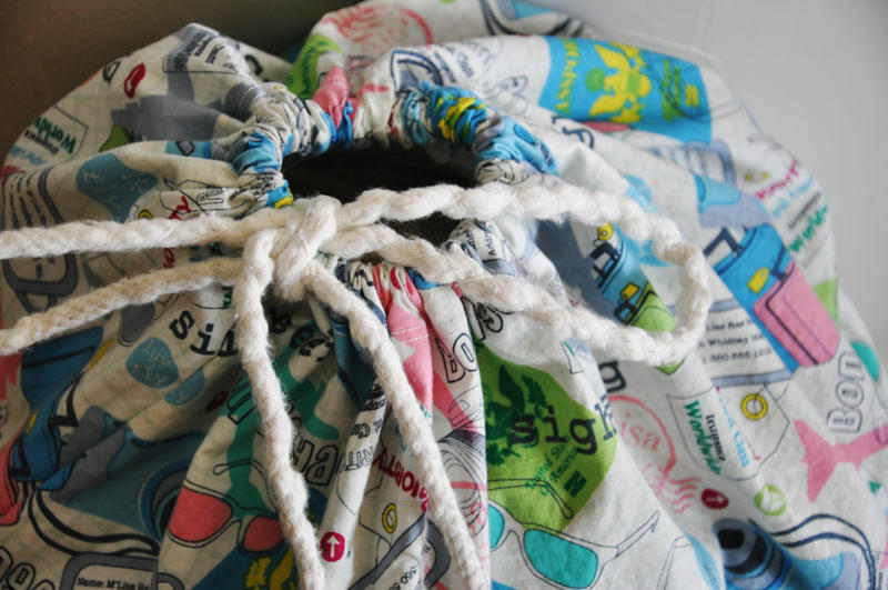 DIY: Laundry Bag