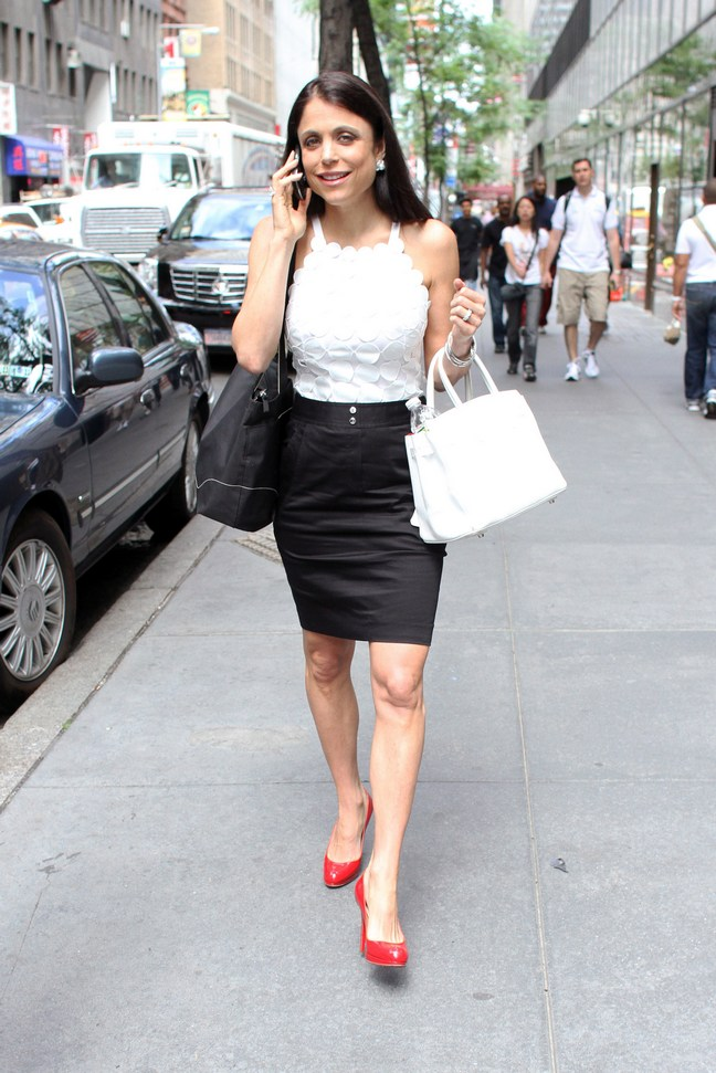 bethenny frankel, white blouse, black skirt, cell phone, red heels, white purse, black tote
