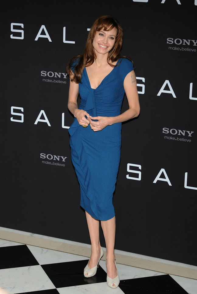 Angelina Jolie, blue dress, heels, peep toe heels