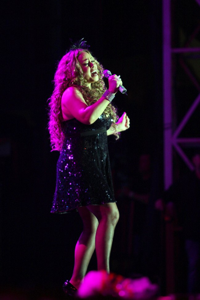 Mariah Carey, black sequin mini dress, black high heels