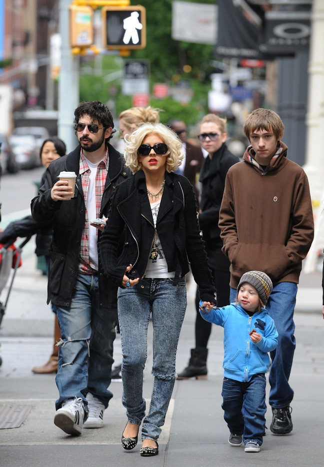 Christina Aguilera, jeans, flats, sunglasses, black jacket, Jordan Bratman, jeans, athletic shoes, flannel shirt, sunglasses, Max Bratman, blue sweatshirt, knit hat
