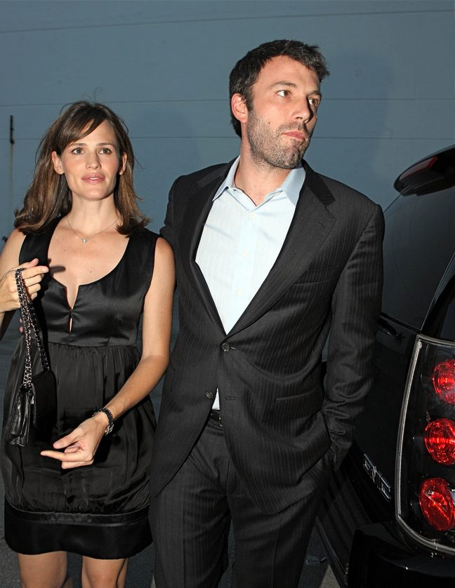 Ben Affleck, suit, black suit, Jennifer Garner, black dress, black silk dress, watch, black purse