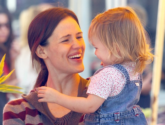 Jennifer Garner, Seraphina, gray and burgandy striped sweater