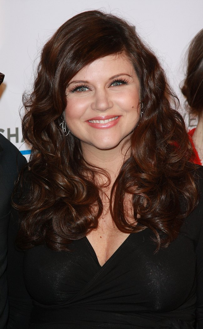 Tiffani Thiessen, black dress, earrings, black blouse,