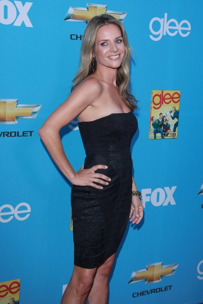 Jessalyn Gilsig, black strapless dress, black bracelet, Glee