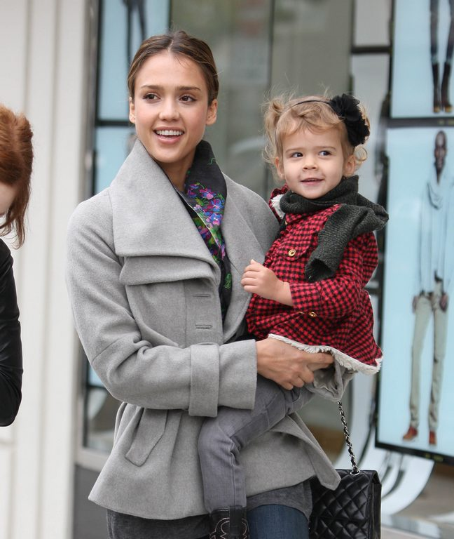 Jessica Alba, gray coat, print scarf, chanel bag, Honor Marie