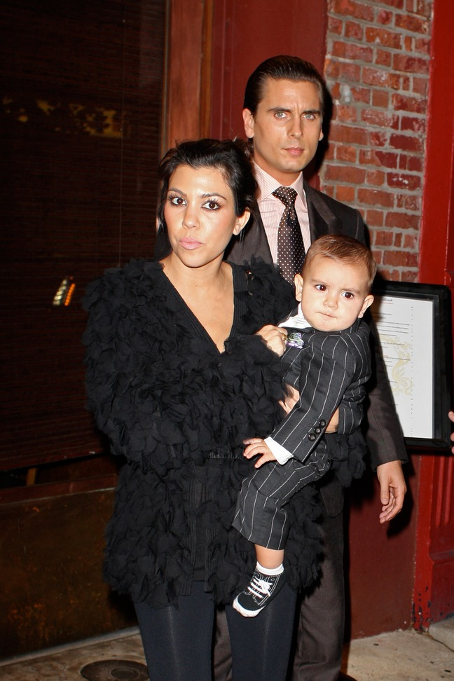 Kourtney Kardashian, black blouse, black leggings, Mason Disick, Scott Disick