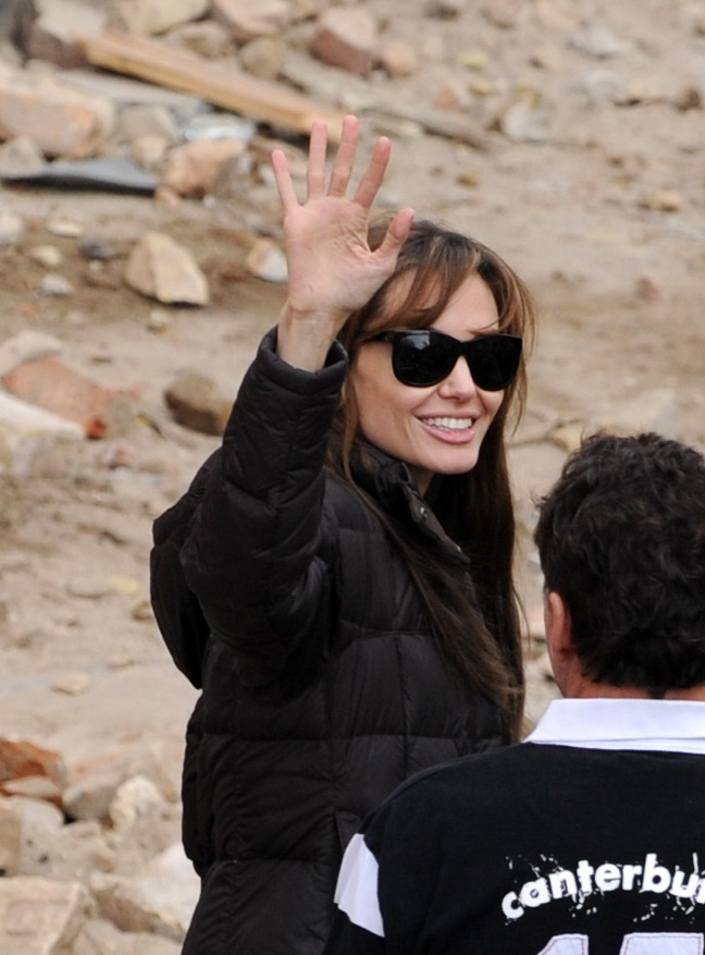 Angelina Jolie, black jacket, sunglasses