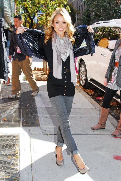 Kelly Ripa, gray scarf, black sweater, blue jacket, skinny jeans