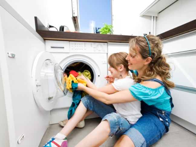 Time-Saving Laundry Tips For Mom